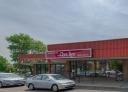 Strip mall for rent in Ville St-Laurent - Bois-Franc at Centre-3000 - Photo 01 - RentersPages – L18577