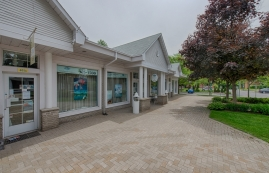 General retail space for rent in Rosemere at Jardins-Rosemere - Photo 01 - RentersPages – L18588