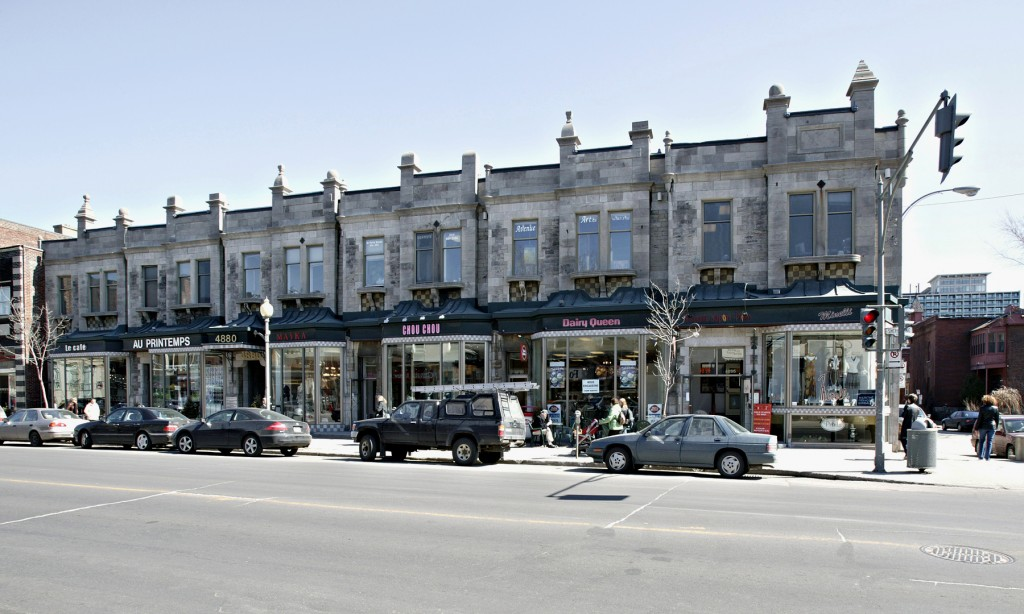 General retail space for rent in Westmount at 4868-4896 Sherbrooke West - Photo 03 - RentersPages – L12799
