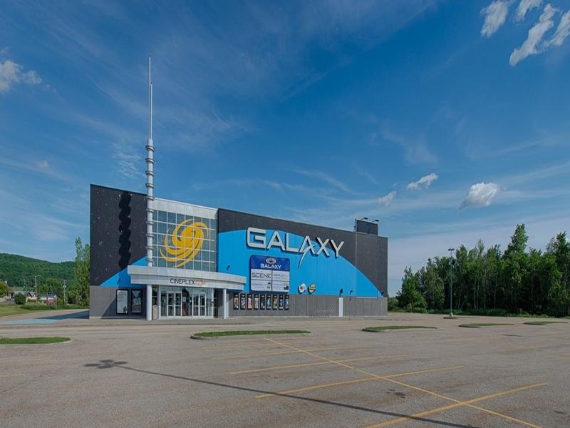 Shopping center for rent in Victoriaville at Grande-Place-Des-Bois-Francs - Photo 02 - RentersPages – L180993