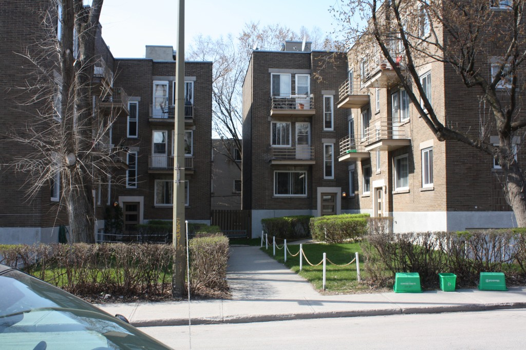 2 bedroom Apartments for rent in Cote-des-Neiges at 4723-25-27-29 Fulton - Photo 02 - RentersPages – L23405