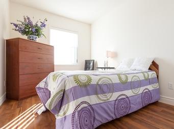 furnished 1 bedroom Independent living retirement homes for rent in Marieville at Les Jardins du Couvent - Photo 03 - RentersPages – L19500