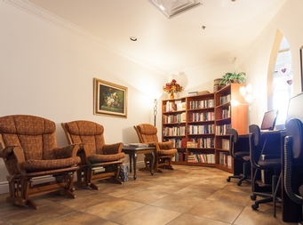 furnished 1 bedroom Independent living retirement homes for rent in Marieville at Les Jardins du Couvent - Photo 05 - RentersPages – L19500