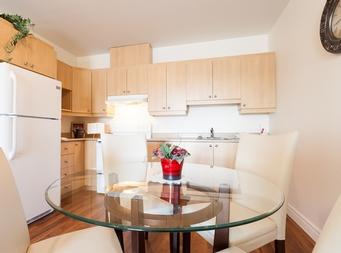 furnished 1 bedroom Independent living retirement homes for rent in Marieville at Les Jardins du Couvent - Photo 06 - RentersPages – L19500