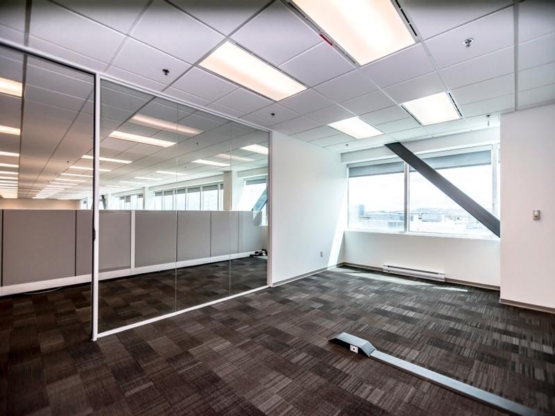General office for rent in Ville St-Laurent - Bois-Franc at Hypertec-Center - Photo 09 - RentersPages – L181002