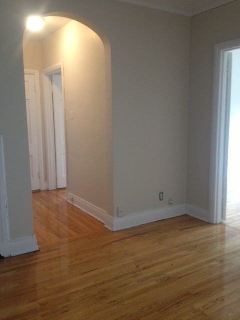 2 bedroom Apartments for rent in Cote-St-Luc at 5801-5805 CSL Road - Photo 04 - RentersPages – L23404