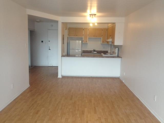 Studio / Bachelor Apartments for rent in Ville St-Laurent - Bois-Franc at 2775 Modugno - Photo 03 - RentersPages – L138864