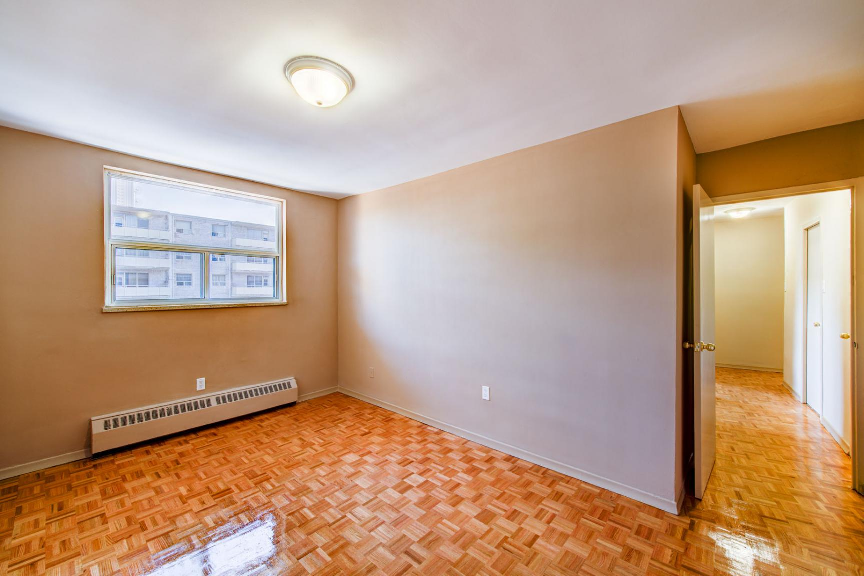 1 bedroom Apartments for rent in Mississauga at Bristol Arms Apartments - Photo 14 - RentersPages – L138729