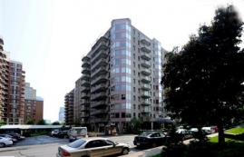 furnished 1 bedroom Condos for rent in Montreal at St-Mathieu - Photo 01 - RentersPages – L92658