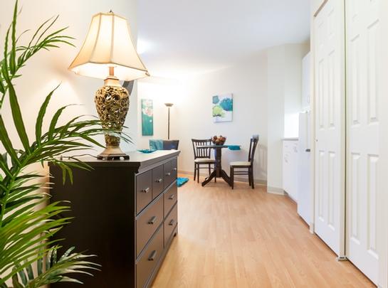2 bedroom Independent living retirement homes for rent in Quebec City at Le St-Patrick - Photo 10 - RentersPages – L19577