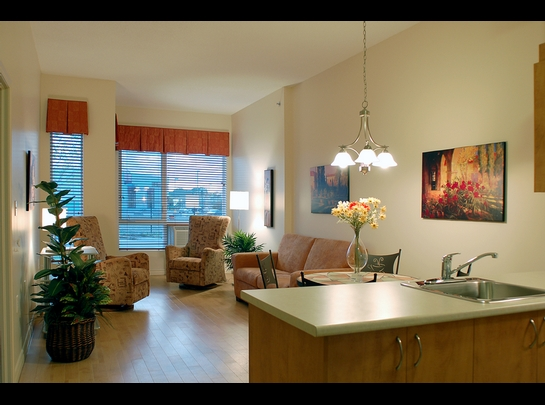 Studio / Bachelor Independent living retirement homes for rent in Laval at Les Jardins de Renoir - Photo 08 - RentersPages – L19475